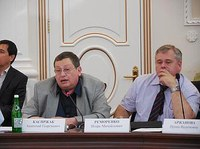 Анатолий Каспржак уверен, что знающего учителя должен сменить учитель умеющий