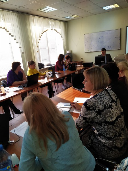 В Красноярском краевом институте повышения квалификации состоялся учебно-методический семинар для учителей истории и обществознания
