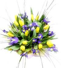 Весенний-букет-цветов-красивые-20-фото-и-картинок-23