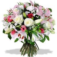 buket-lilii-rosy-frezii