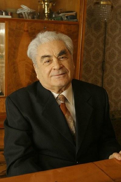 М.Б. Шейнфельд
